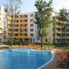 Отель Yassen Apartments Болгария, Солнечный берег - отзывы, цены и фото номеров - забронировать отель Yassen Apartments онлайн бассейн фото 3