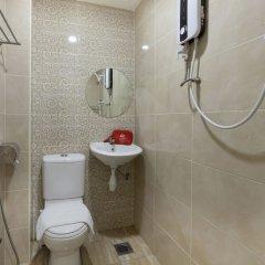 Отель ZEN Rooms Off Jalan Pudu @Hotel Paloma Inn Малайзия, Куала-Лумпур - отзывы, цены и фото номеров - забронировать отель ZEN Rooms Off Jalan Pudu @Hotel Paloma Inn онлайн ванная