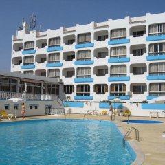 Отель Aparthotel Navigator бассейн