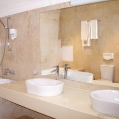 Гостиница Reikartz Medievale Львов ванная фото 2