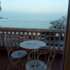 Отель B&B Villa Raineri Таормина балкон