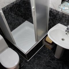 Гостиница Riviera Guest House в Сочи отзывы, цены и фото номеров - забронировать гостиницу Riviera Guest House онлайн ванная фото 2