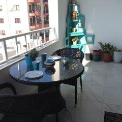 Апартаменты Luxury Seafront Apartment With Pool Каура балкон