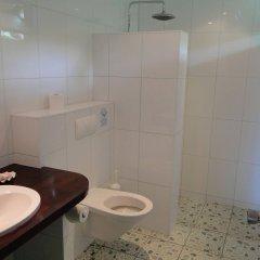 Отель Linareva Moorea Beach Resort Французская Полинезия, Муреа - отзывы, цены и фото номеров - забронировать отель Linareva Moorea Beach Resort онлайн ванная
