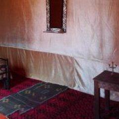 Отель Fayou Desert Camp Марокко, Мерзуга - отзывы, цены и фото номеров - забронировать отель Fayou Desert Camp онлайн комната для гостей фото 3