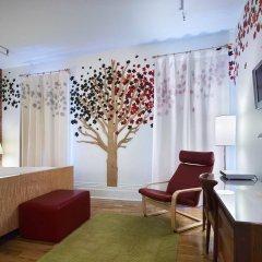 Отель Gladstone Hotel Канада, Торонто - отзывы, цены и фото номеров - забронировать отель Gladstone Hotel онлайн комната для гостей фото 4