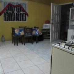 Отель Tina's Guest House Ямайка, Монастырь - отзывы, цены и фото номеров - забронировать отель Tina's Guest House онлайн фото 3