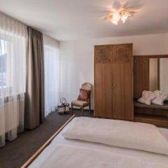 Отель Eden am Reschensee Италия, Горнолыжный курорт Ортлер - отзывы, цены и фото номеров - забронировать отель Eden am Reschensee онлайн комната для гостей фото 3
