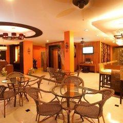 Отель Deva Suites Patong питание