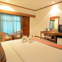 Отель First Bungalow Beach Resort Таиланд, Самуи - 6 отзывов об отеле, цены и фото номеров - забронировать отель First Bungalow Beach Resort онлайн удобства в номере фото 2