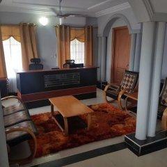 Отель Royal Kamak Hotel Гана, Тема - отзывы, цены и фото номеров - забронировать отель Royal Kamak Hotel онлайн интерьер отеля