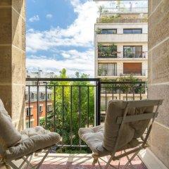 Отель West Paris Family - AC - Wifi Франция, Париж - отзывы, цены и фото номеров - забронировать отель West Paris Family - AC - Wifi онлайн балкон