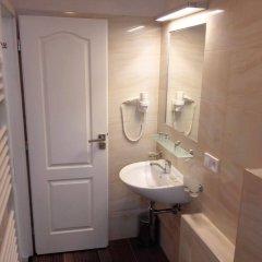 Отель Residence Vysta Чехия, Прага - 2 отзыва об отеле, цены и фото номеров - забронировать отель Residence Vysta онлайн ванная