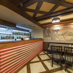 Karpatski Hotel & Restaurant гостиничный бар