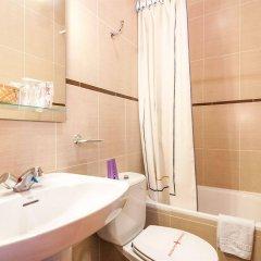 Отель Hostal Gallardo Испания, Мадрид - 1 отзыв об отеле, цены и фото номеров - забронировать отель Hostal Gallardo онлайн ванная фото 2