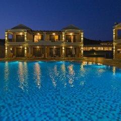 Отель La Marquise Luxury Resort Complex бассейн