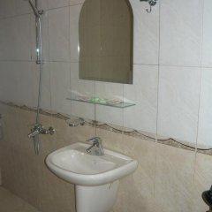 Отель Dream Hotel Болгария, Сливен - отзывы, цены и фото номеров - забронировать отель Dream Hotel онлайн ванная фото 2