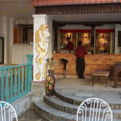 Отель Kathmandu Guest House by KGH Group Непал, Катманду - 1 отзыв об отеле, цены и фото номеров - забронировать отель Kathmandu Guest House by KGH Group онлайн бассейн