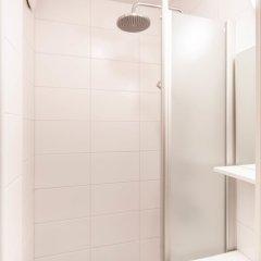 Отель Go Happy Home Apartment Runeberginkatu 6 Финляндия, Хельсинки - отзывы, цены и фото номеров - забронировать отель Go Happy Home Apartment Runeberginkatu 6 онлайн ванная