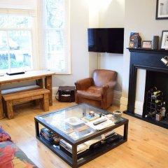 Отель 1 Bedroom Apartment With Patio in London Великобритания, Лондон - отзывы, цены и фото номеров - забронировать отель 1 Bedroom Apartment With Patio in London онлайн детские мероприятия