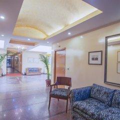 Отель The Corus Hotel Индия, Нью-Дели - отзывы, цены и фото номеров - забронировать отель The Corus Hotel онлайн интерьер отеля фото 3