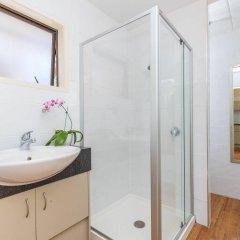 Отель Emerald Inn ванная