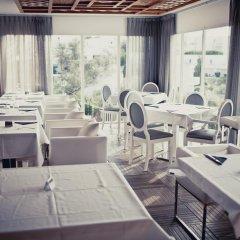 Отель Apartamentos Playa Ferrera