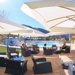 Отель Conca DOro Village Италия, Вербания - отзывы, цены и фото номеров - забронировать отель Conca DOro Village онлайн гостиничный бар