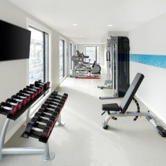Отель Hampton by Hilton London Docklands фитнесс-зал