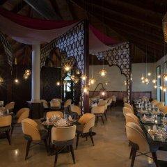 Отель The Royal Suites Turquesa by Palladium - Только для взрослых питание фото 2