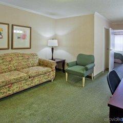 Отель Country Inn & Suites by Radisson, Atlanta Airport North, GA комната для гостей фото 2