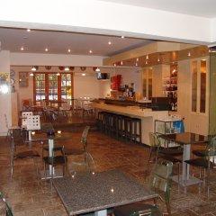 Отель Stefanakis Hotel & Apartments Греция, Вари-Вула-Вулиагмени - отзывы, цены и фото номеров - забронировать отель Stefanakis Hotel & Apartments онлайн гостиничный бар