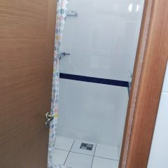 Гостиница Nesluchainye svyazi в Краснодаре отзывы, цены и фото номеров - забронировать гостиницу Nesluchainye svyazi онлайн Краснодар ванная фото 2