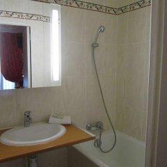 Отель Hôtel De Nice ванная фото 2