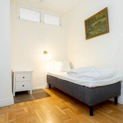 Отель ApartDirect Gamla Stan II Стокгольм сейф в номере