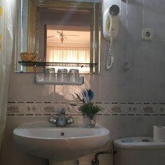 Отель Hostal Residencia Lido ванная фото 2