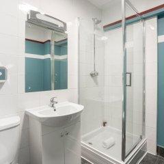 Отель Hatters Hostel Liverpool Великобритания, Ливерпуль - отзывы, цены и фото номеров - забронировать отель Hatters Hostel Liverpool онлайн ванная фото 2
