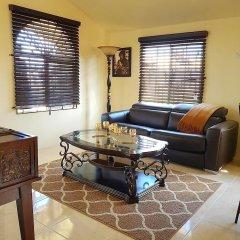 Отель Timeless Vacation Home Ямайка, Монтего-Бей - отзывы, цены и фото номеров - забронировать отель Timeless Vacation Home онлайн комната для гостей фото 4