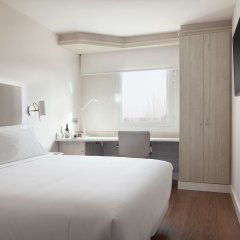 Отель NH Madrid Barajas Airport комната для гостей фото 3
