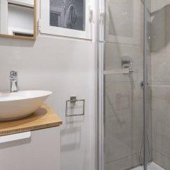 Отель You Stylish Eixample Dreta 10 Барселона ванная фото 2