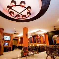 Отель Deva Suites Patong развлечения