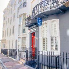 Отель Court Craven Великобритания, Кемптаун - отзывы, цены и фото номеров - забронировать отель Court Craven онлайн парковка