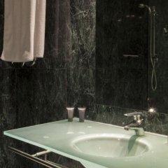 Отель Ciudad de Lleida Льейда ванная фото 2