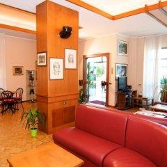 Hotel Velus Чивитанова-Марке интерьер отеля фото 2