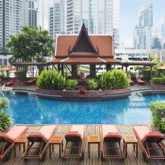 Отель Le Royal Meridien, Plaza Athenee Bangkok бассейн