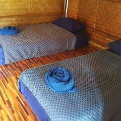Отель Lanta Local Hut Ланта фитнесс-зал
