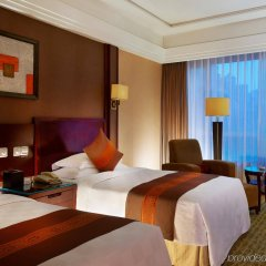 Отель Crowne Plaza City Center Ningbo комната для гостей фото 4