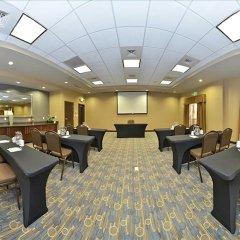 Отель Hampton Inn & Suites Columbia/Southeast-Fort Jackson интерьер отеля фото 3