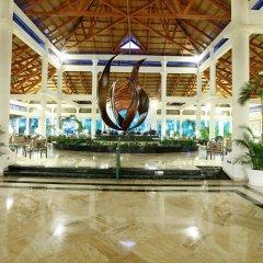 Отель Grand Bahia Principe Bávaro - All Inclusive Доминикана, Пунта Кана - 3 отзыва об отеле, цены и фото номеров - забронировать отель Grand Bahia Principe Bávaro - All Inclusive онлайн интерьер отеля фото 2