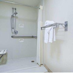 Отель Days Inn Columbus Airport США, Колумбус - отзывы, цены и фото номеров - забронировать отель Days Inn Columbus Airport онлайн ванная